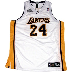 c003bb8f7 ... SOLD - Kobe Bryant Signed White Lakers Jersey LE124 (Panini Auth) ...