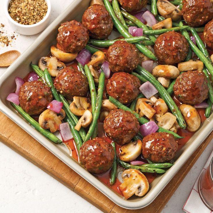 Rendez vos boulettes de boeuf savoureuses en les faisant caraméliser au four, sur une plaque en formule tout-en-un!