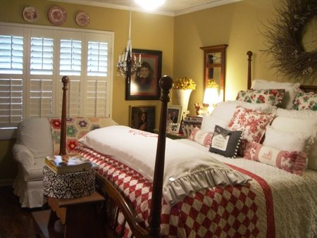 Wonderful Shutters / Red And White Quilt   Love This French Country Bedroom