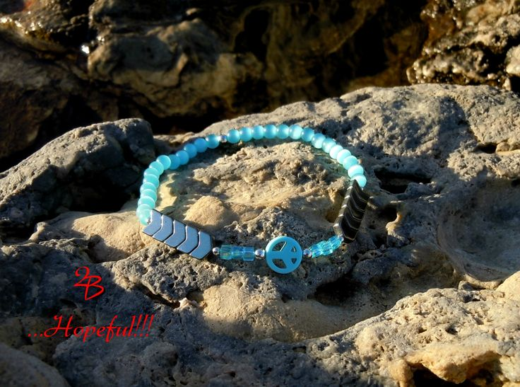 2B ...Hopeful!!! Beautiful mother of pearl peace sign bracelet, with soothing blue colors and a chic boho style!!!