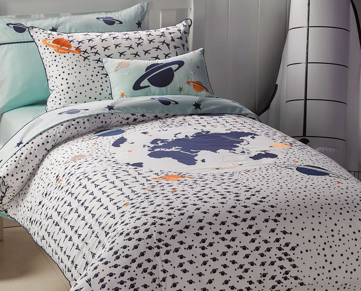 Take Off Quilt Cover Set available in single, double and queen bed sizes from Kids Bedding Dreams. Ideal for the boys bedroom or anyone that loves space and astronomy.
