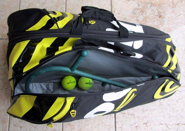 Il Theracane è molto utile ai giocatori di tennis. *** TheraCane is very useful for tennis players.