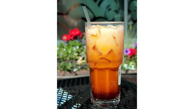 Thai Ice Coffee, Diy'S Thai Teas, Ice Coffee Recipe, Iced Coffee, Thai ...