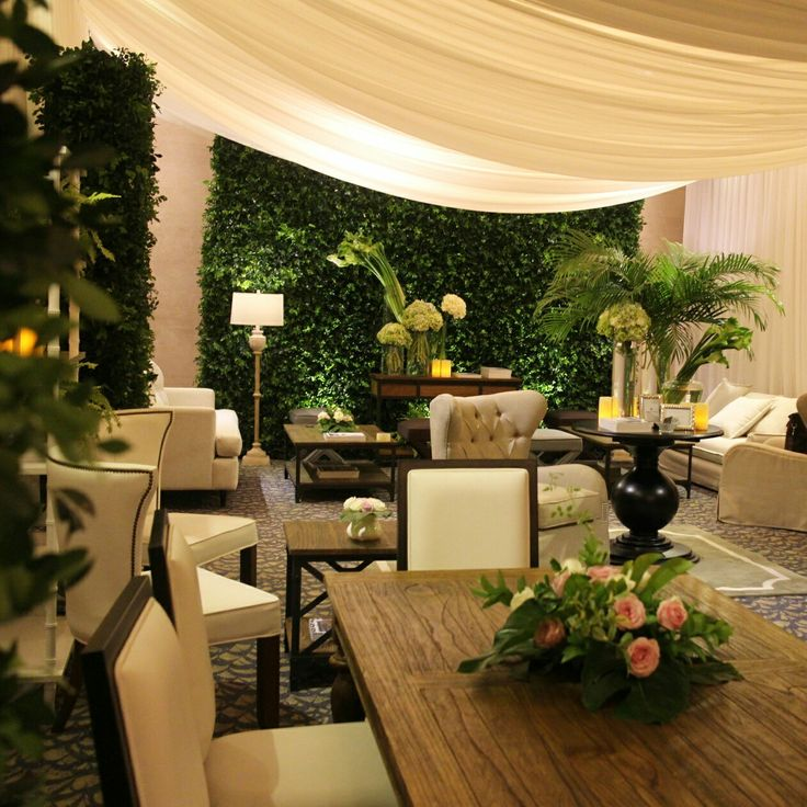 Luxury tent ambiance with some green touch