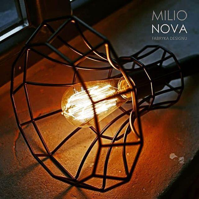 #Zmierzch w objęciach #lady #cage by #zava  #milionova #milionovafabrykadesignu #loft #light #oświetlenie #design #designwłodzi