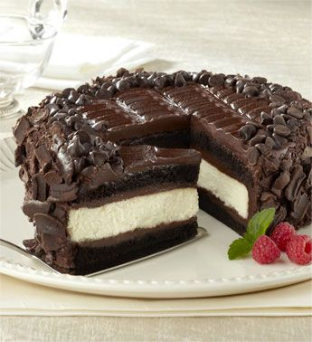 Devil's Food Cheesecake.  Holy Moly!  Yum!  Must try this...