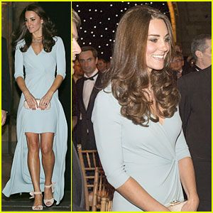 Kate Middleton Hides Small Baby Bump with Clutch at Wildlife Photographer of the Year Awards, 10-21-14