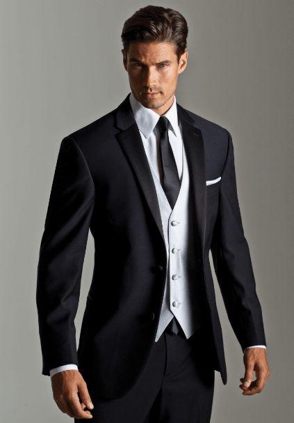 Vestito nero uomo