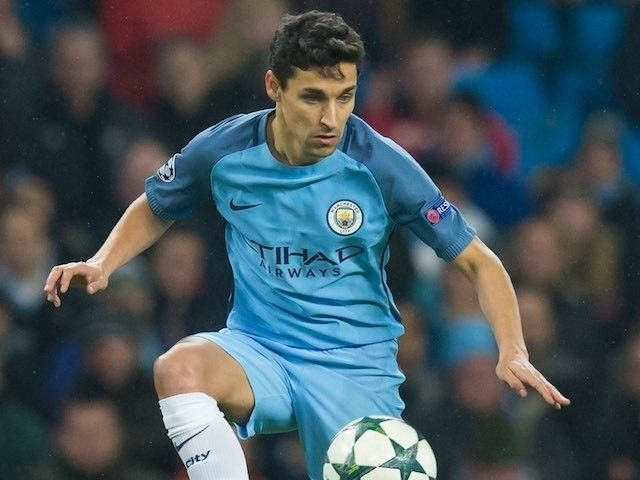 Pep Guardiola happy with makeshift right-back Jesus Navas #Manchester_City #Football #295629