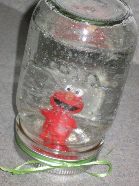Many great holiday kid craft ideas.: Crafts Ideas, Crafty, Snow Globes, Princesses Figures, Kids Crafts, Fun Crafts, Mason Jars, Diy, Christmas Gifts