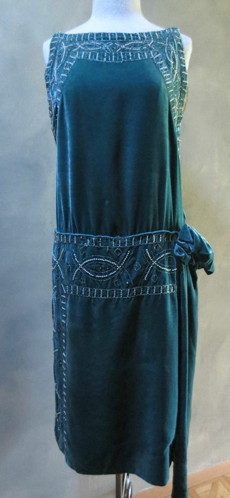 ~Teal Silk Velvet Beaded Flapper Gatsby Dress Rhinestones/Faux Pearls~ Another dress perfect to wear to Downton!