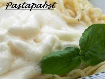 Basilikumspaghetti mit Carbonaraschaum - Rezept
