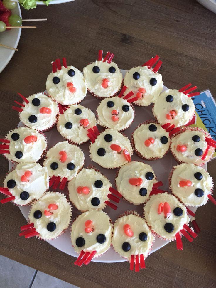 Chicken cupcakes Barnyard Party