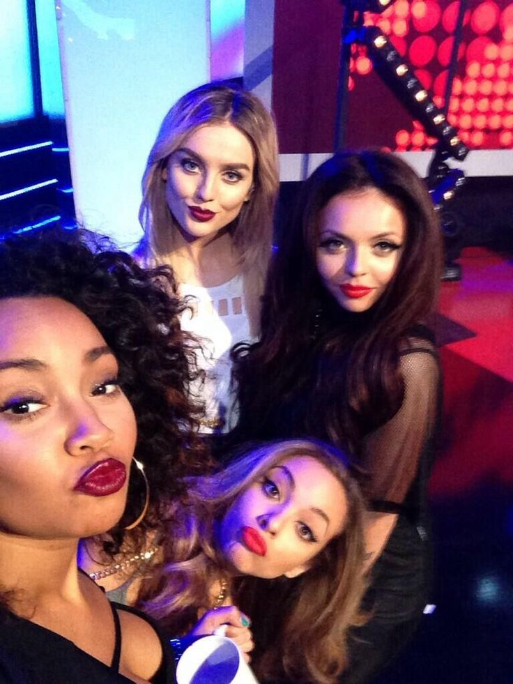 OMG THEY LOOK GORGEOUS!! Comment if u luv these girls and are proud just like me!