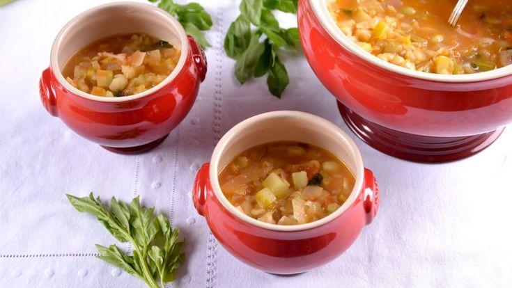 Sopa de la huerta con pochas y parmesano receta canal for Canal cocina tapas