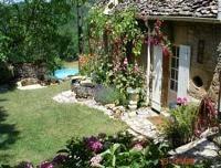 Fontvialane, Les Eyzies, Dordogne, France. Op nog geen 300 m van de in 2010 rerenoveerde vakantiewoning Les Mille Etoiles.