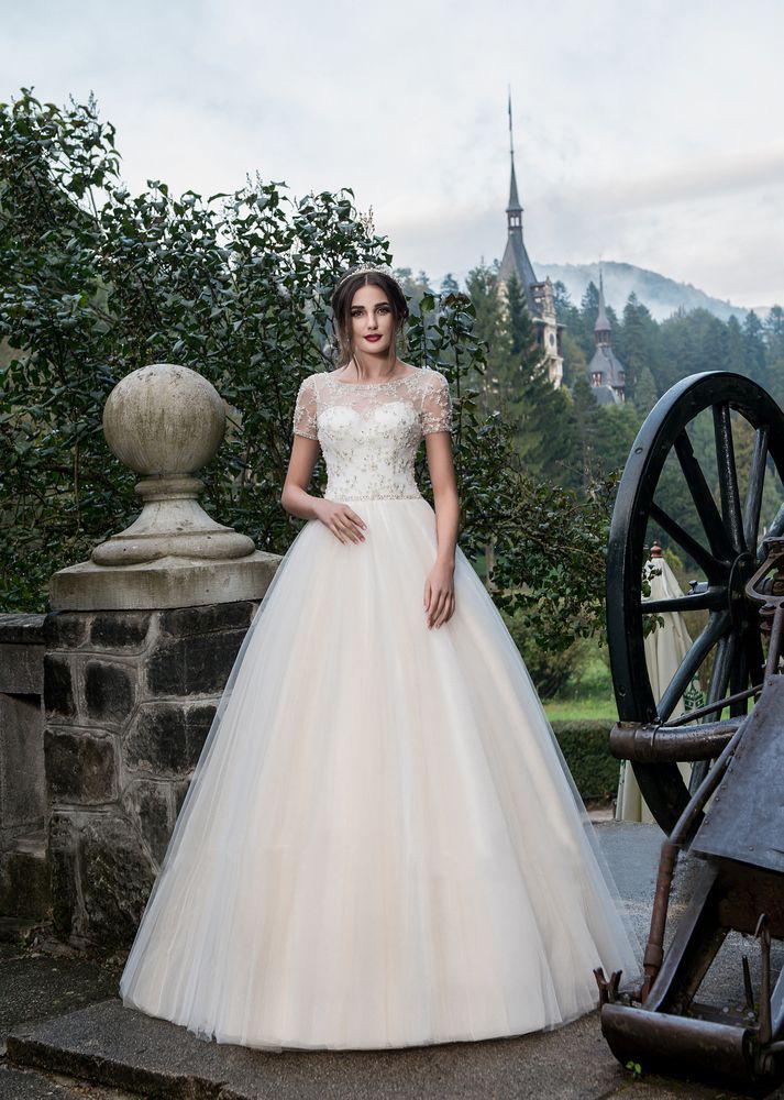 Rochia de mireasa Katherine din Colectia Charming