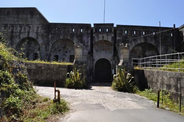 Enterance to castillo de la Palma in montefaro, galicia