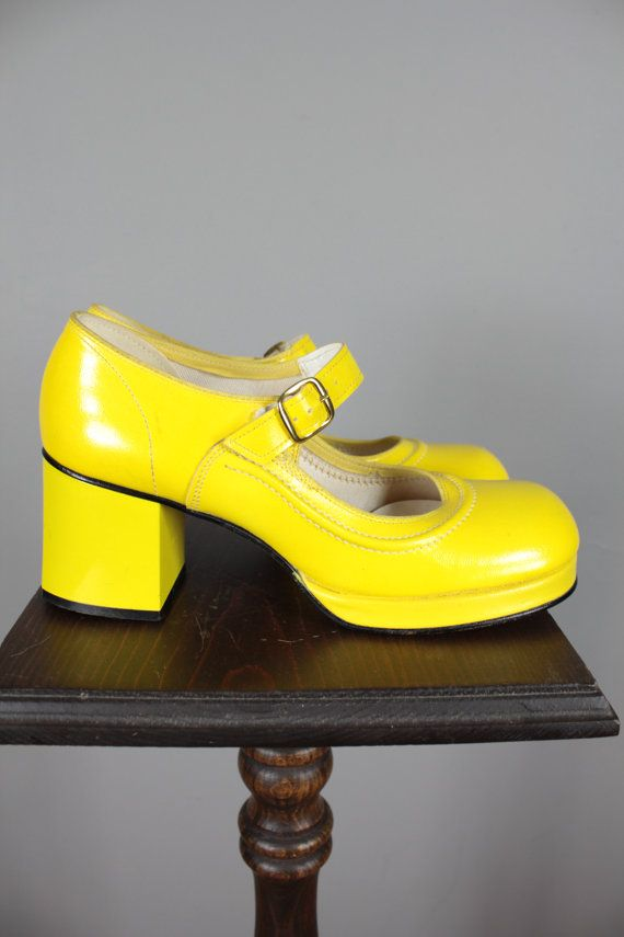 70s Yellow Shoes . Retro Mod Platform . 6 by snootieseconds