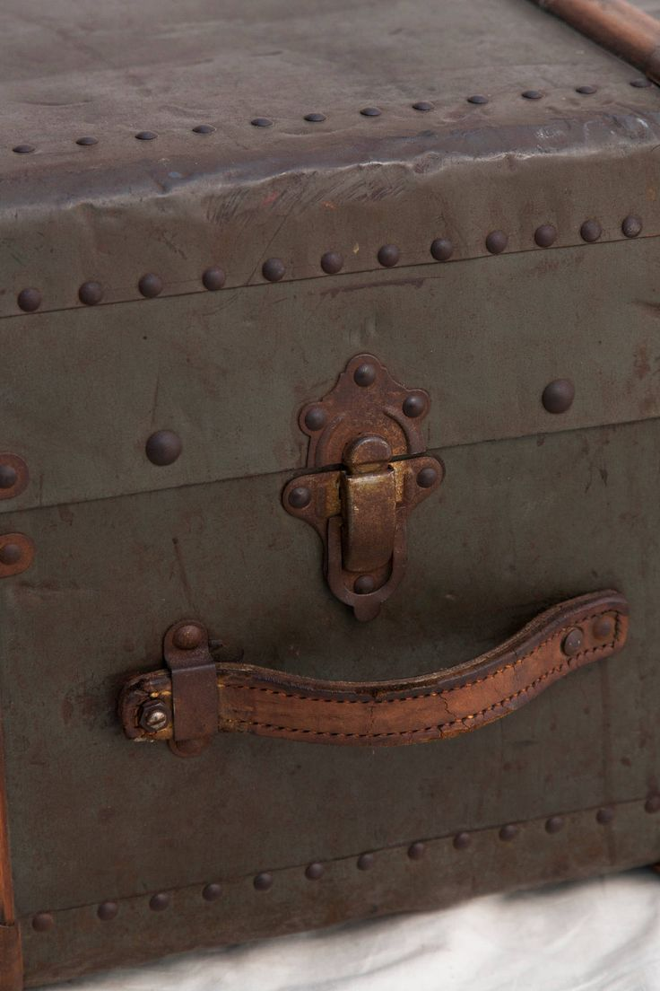 Home dear mr kourouma - Riveted Metal Traveling Trunk With Wooden Runners
