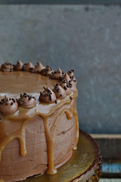Baking Bitch: Chocolate Caramel Dream Cake
