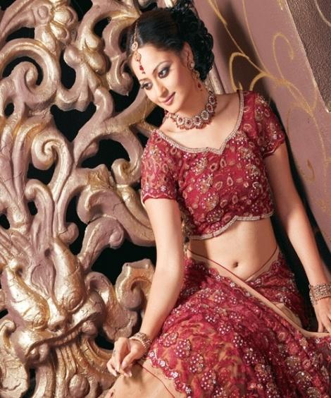 Beautiful indian wedding dress of Maximstyles