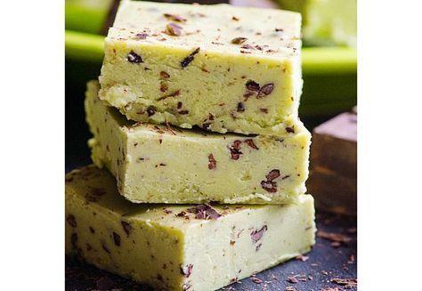 Prăjitură la rece din AVOCADO, BANANĂ și MIERE | La Taifas