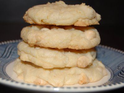 White Chocolate Chip Lemon Cookies-They just came out of the oven-OMG!