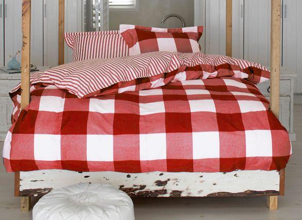 Slaapkamer Bordeaux Rood : ... about ROOD, Red on Pinterest Velvet ...