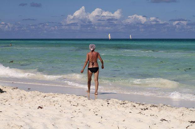 Parce que je reviens d'une semaine à Cuba avec le fiancé, je me suis dit que c'était LE moment de partager mes trucs et astuces pour voyager dans le Sud comme une championne. Nul besoin de ta grosse valise avec laquelle tu vas en Europe. Non, non. Une valise moyenne... Read More →
