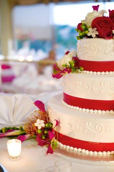 ... hochzeitstorten, Traditionelle Hochzeitstorte und Tiefrote hochzeit