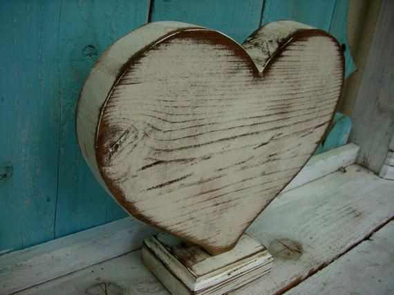 Distressed Wooden Heart Rustic Hearts Wood Gifts For Women Home Decor Farmhouse Honeystreasures Large Heart Decor French Country Usa Wooden Hearts Diy Arts Crafts Heart Decorations