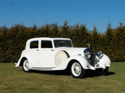 Only 1201 Rolls Royce 25/30 Sport Saloon's was ever made #VCI #vintagecars #classiccars