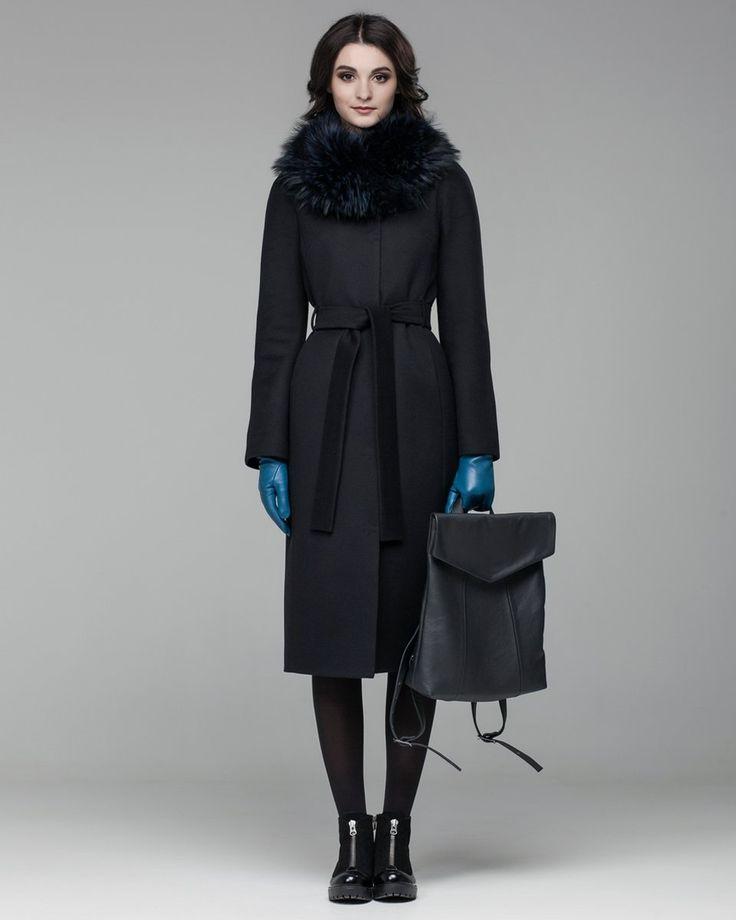 Зимнее пальто с меховым воротником-шалью. Модный дом Модный дом Ekaterina Smolina.