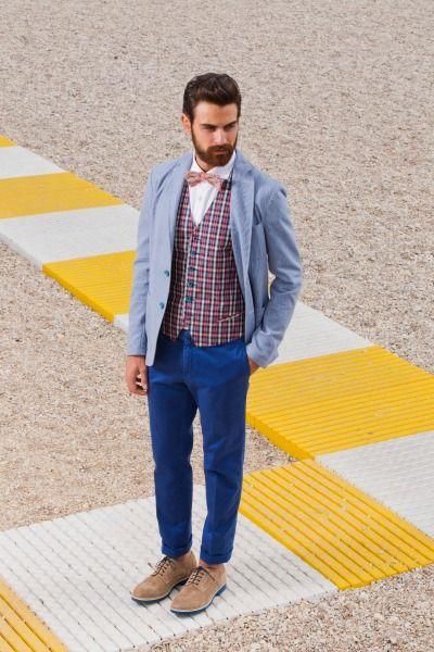 """""""Attraversiamo la moda uomo con il racconto Royal Hem di uno stile britannico per la prossima primavera estate 2014. Made in Italy che vuole descrivere l'eleganza dell'esser uomo""""."""