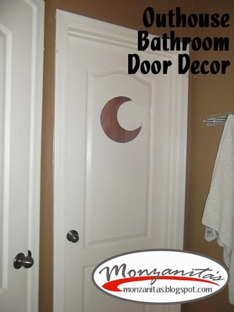 Monzanita\u0027s: Outhouse Bathroom Door Decor & 38 best Bathroom images on Pinterest   Bathroom ideas Outhouse ... Pezcame.Com