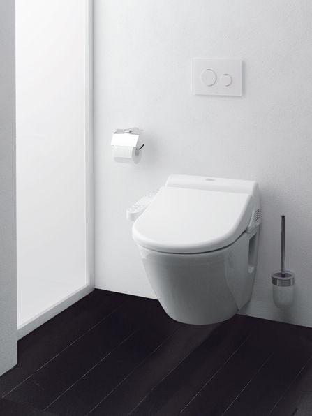 Will the Washlet catch on where the bidet has failed in the US? We prefer the former for its innovative approach to personal hygiene.