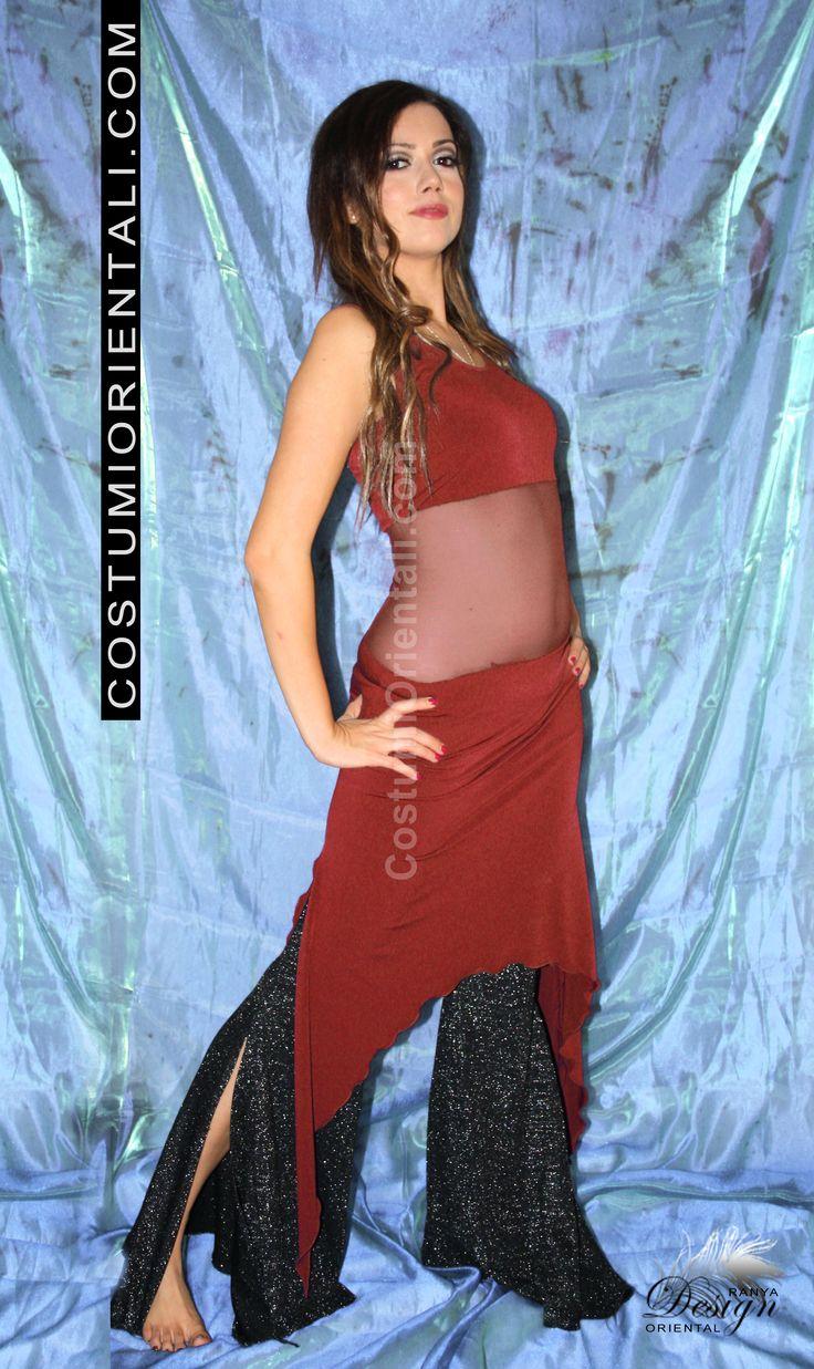 "Ranya's art boutique Bellydance & Tribal Fusion Design abbigliamento sportivo - ""TRIBAL EASY DRESS"" -  www.costumiorientali.com (bellydancer: Illy El)"
