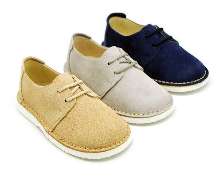 Tienda online de calzado infantil Okaaspain. Diseño y Calidad al mejor  precio fabricado en España. Zapato tipo Blucher con cordones y suela blanca  super ...