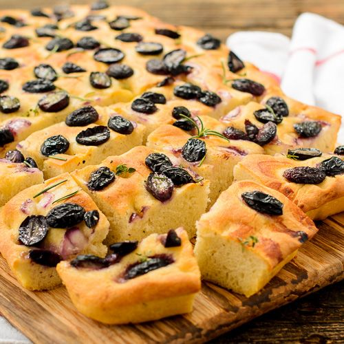Grape Focaccia - savory bread flavored with rosemary and thyme and ...