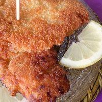 Aujourd'hui je vous présente une recette assez sympathique d'escalopes panées à l'Égyptienne elle vous changera de la recette traditionnelle. Cette recette d'escalope panéeest marinée dans...