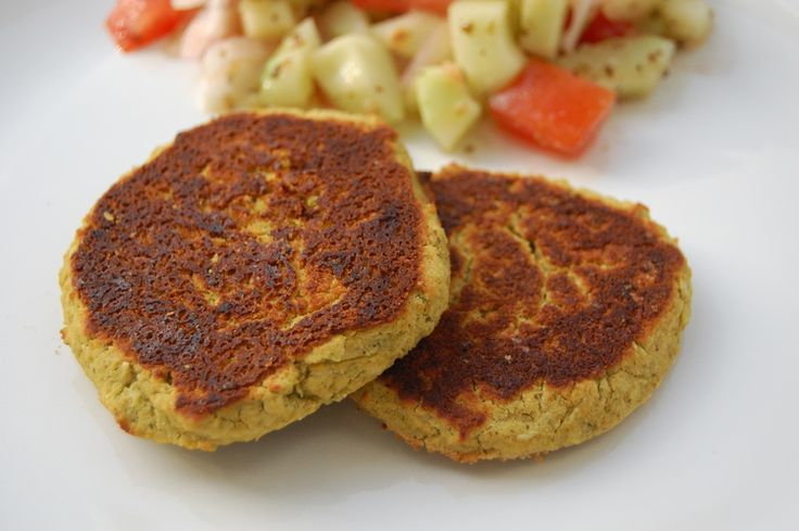 The Minnie Chef - Easy Baked Falafel with Lemon-Tahini Sauce