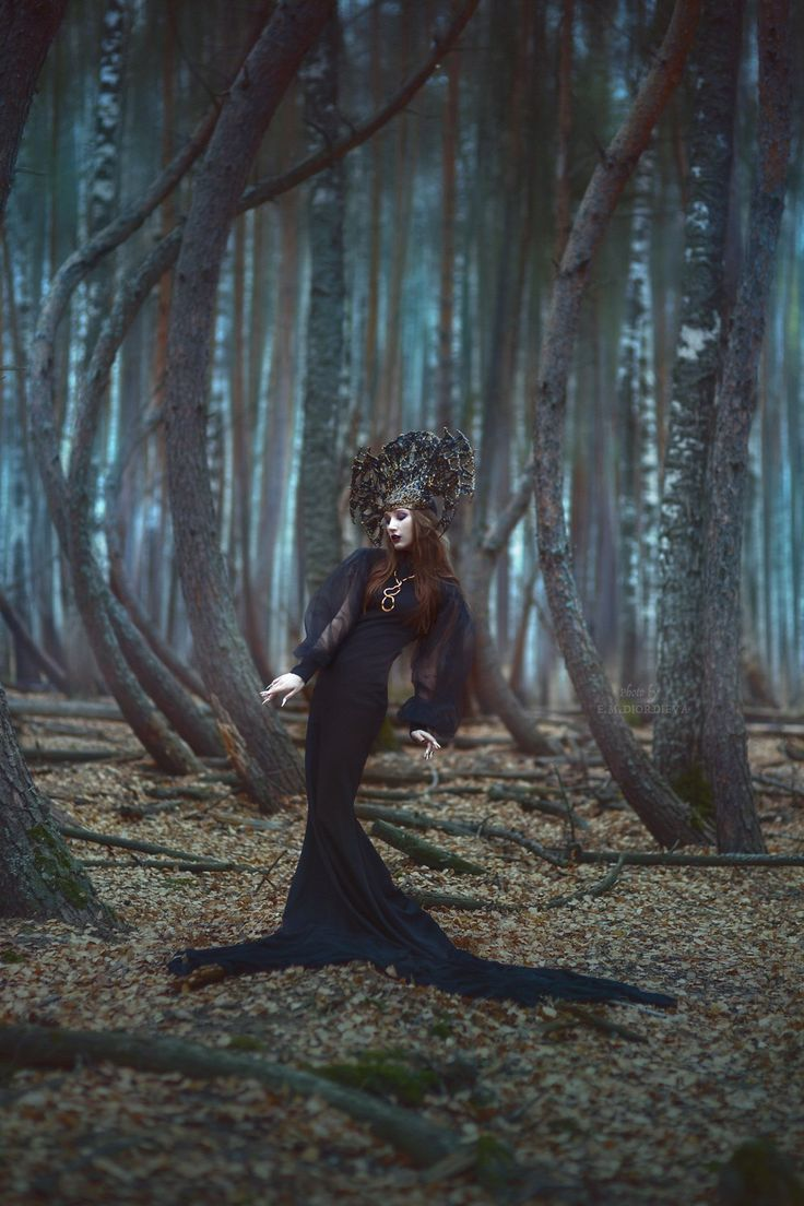 In the woods #girl #makeup #Fox #Russian #beauty #freckles #spring #summer #portrait #beautiful #red #hair #natural #beauty #without #makeup #stunning #view #magic #witch #forest #night #Halloween