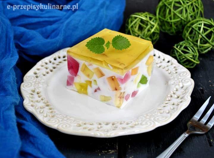 Lekki galaretkowiec na jogurcie (146 kcal)