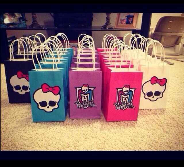 Monster High Goodie Bags I made for my daughter 8th Birthday!!