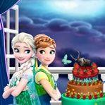 Hoy es un buen día para empezar a cocinar con sus personajes favoritos. Ayuda a Elsa y Anna a cocinar y decorar un pastel. Luego para poder cocinar el pastel de Monster High con sus decoraciones de terror, veamos que pastel le sale mejor.. Juega gratis Frozen And Monster High Cake!