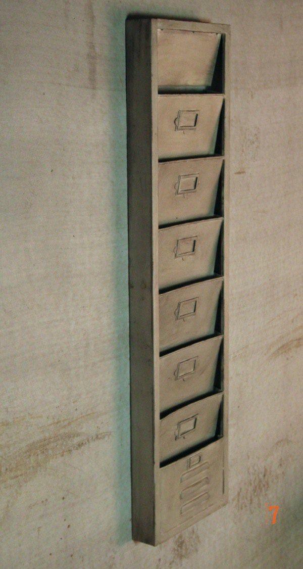 Porte revues industriel m tal argent meuble industriel - Porte revue mural metal ...