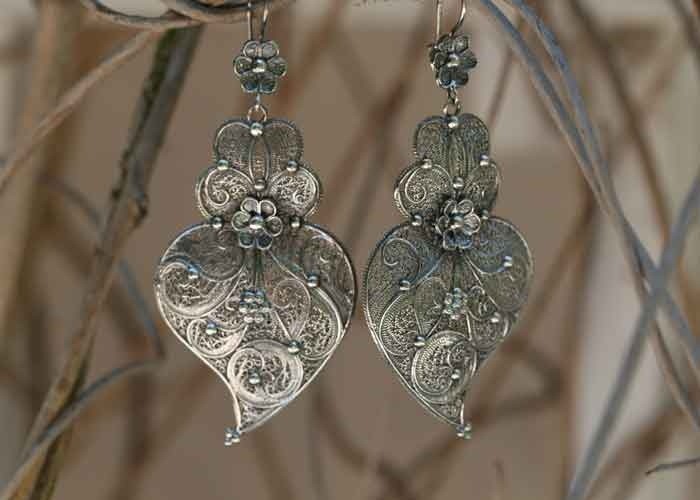 Portuguese AMALIA HEART Earrings    oxidized sterling silver