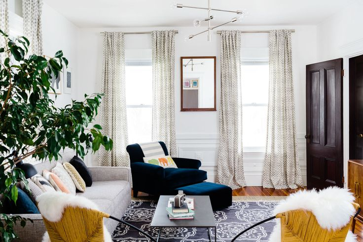 Although the Ronstroms are a young couple, they wanted to outfit their living area with vintage and second-hand finds. Homepolish's Shannon Tate helped achieve a sense of history, while keeping their fun energy.
