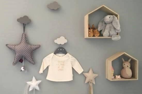 Nuvole, stelle, magiche melodie e soffici cuscini.. Scopri il fatato mondo degli accessori  http://www.cocochic.it/it/47-decorazioni